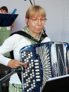 Anne Riepula, harmonikka